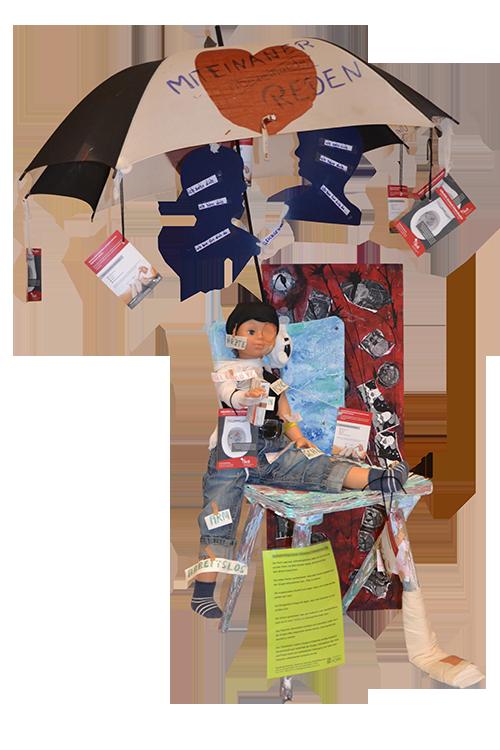 Stuhl-Kunstwerk der Selbsthilfegruppe chronisch Schmerzkranker